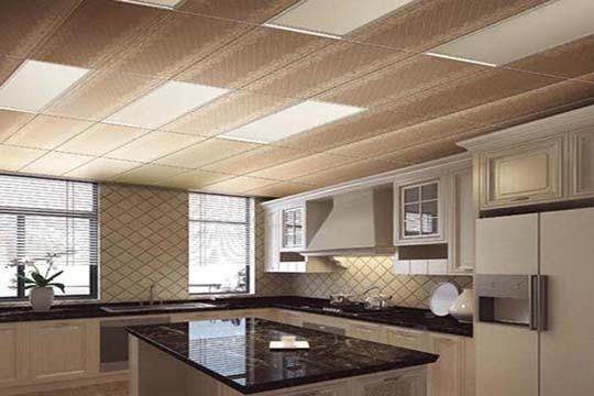 厨房吊顶PVC扣板选购要点?PVC吊顶材料注意安全