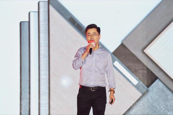 奥普家居产品经理赵威峰先生