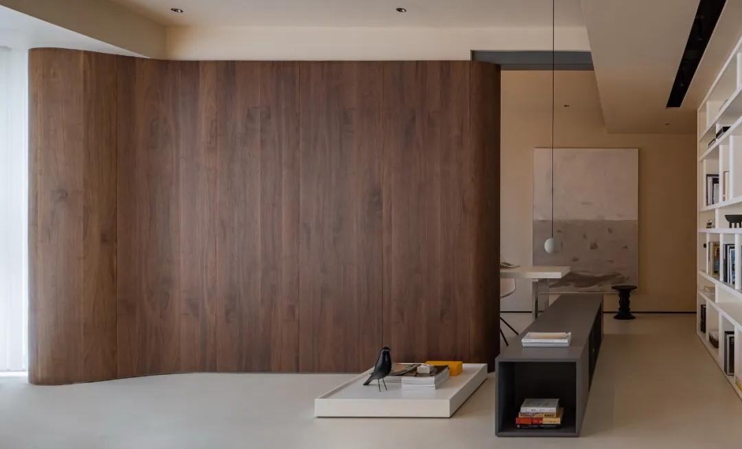 152㎡四室两厅家装设计,打破精装房传统顶墙结构,功能区重新分配