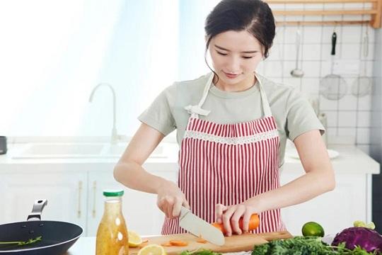 美尔凯特厨房装专用空调,赶早不赶晚 花小钱大享受!